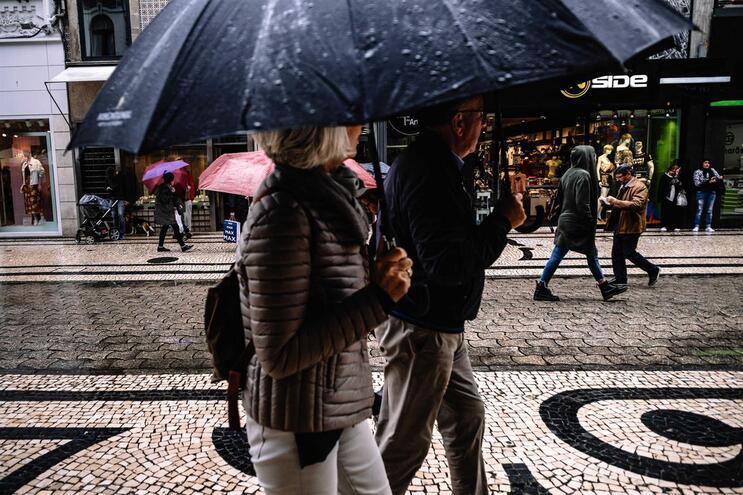 """Haverá períodos de chuva esta quinta-feira, """"por vezes fortea partir do fim da manhã na região norte"""""""