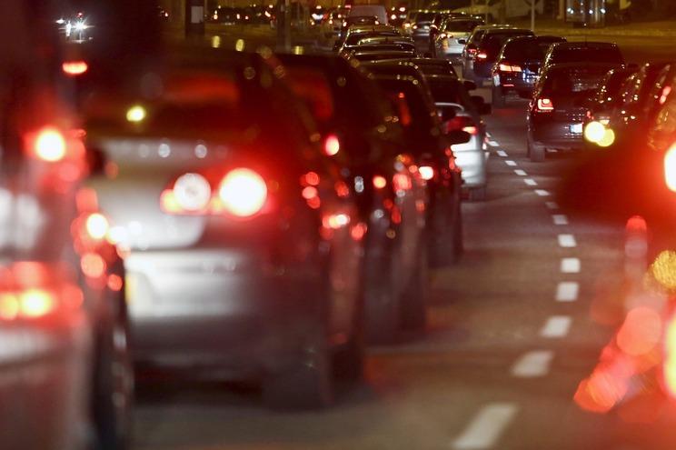 Portugueses pedem oito milhões por dia para comprar carro