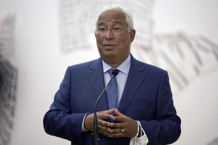 António Costa apresenta novas medidas da situação de contingência