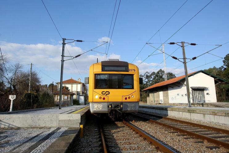 Linha é utilizada para transporte de mercadorias