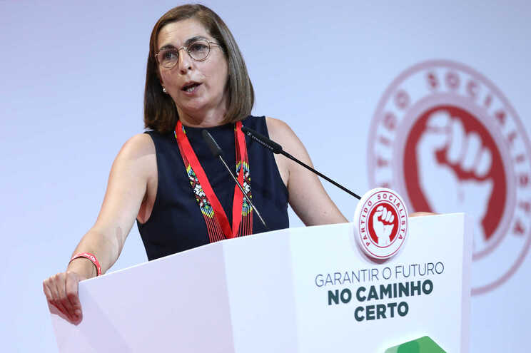 A líder parlamentar do Partido Socialista (PS), Ana Catarina Mendes