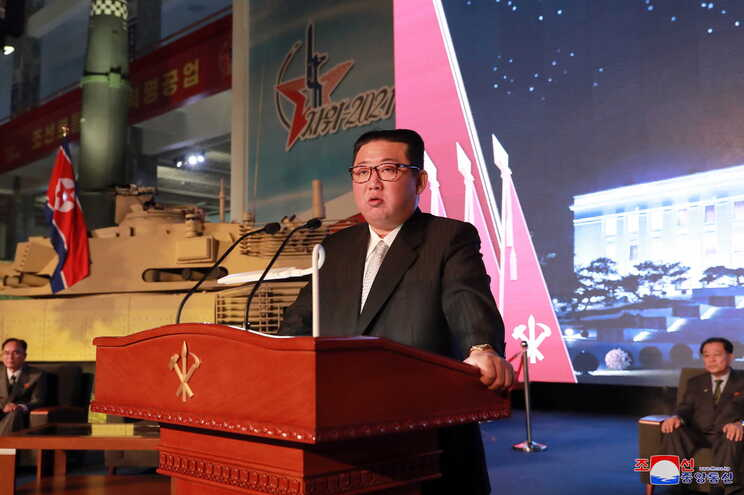 Tribunal japonês convoca líder coreano, Kim Jong-un, para responder a acusações de fugitivos