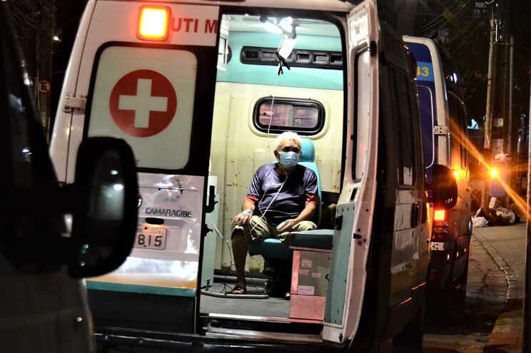 O Brasil é o segundo país do mundo com mais casos e mortes por coronavírus, apenas atrás dos Estados