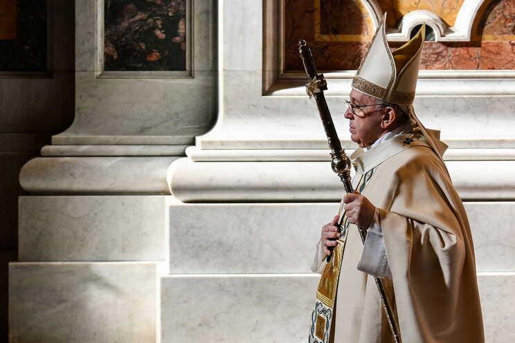 Papa Francisco insurge-se sobretudo contra os que dizem ser obrigados a usar máscara
