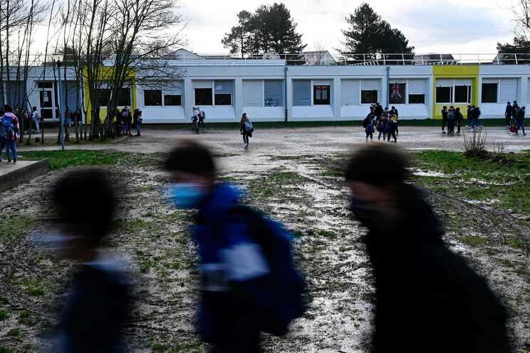 Na sequência da morte do rapaz, foi criada na escola uma unidade de apoio para estudantes e professore