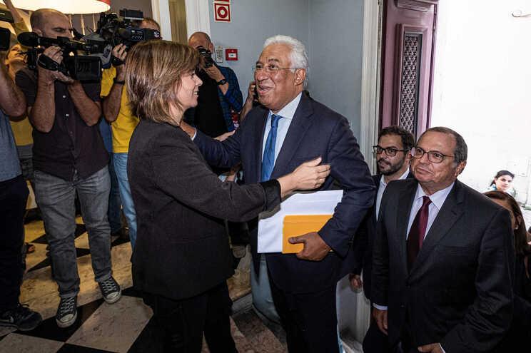 Costa, Rio e Catarina Martins são os dirigentes mais bem cotados. Ventura bate recordes de rejeição