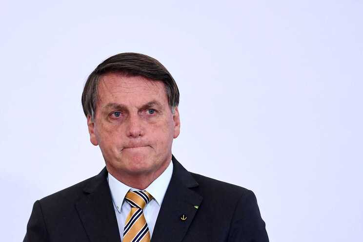 Juíza autoriza abertura de inquérito contra Bolsonaro por prevaricação