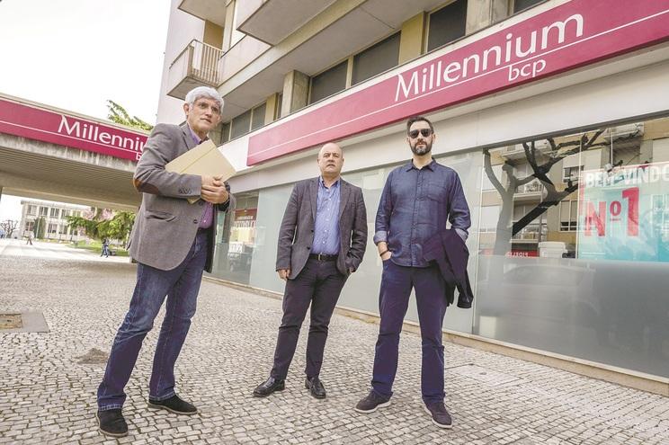 Hernâni Gomes com dois dos herdeiros, Luís Freitas e Paulo Cunha