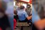 """PSP está a """"avaliar"""" atuação em que passageiro sem bilhete foi pontapeado por polícia"""