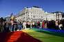 Legislação foi contestada por mais de cinco mil pessoas em Budapeste