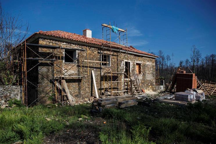 Reconstrução de casa na Sarzeda, Pedrógão Grande