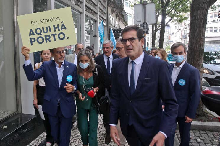 Rui Moreira fez uma arruada pelo centro da cidade do Porto, depois de ter apresentado um manifesto eleitoral