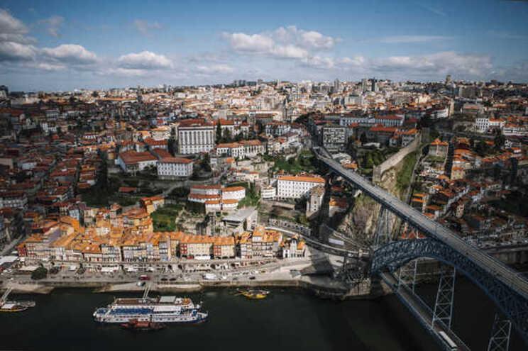 Câmara do Porto avança com mais medidas para apoiar setor do turismo