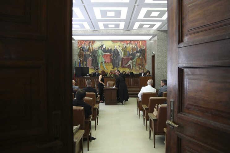 Quase 500 juízes castigados em 15 anos