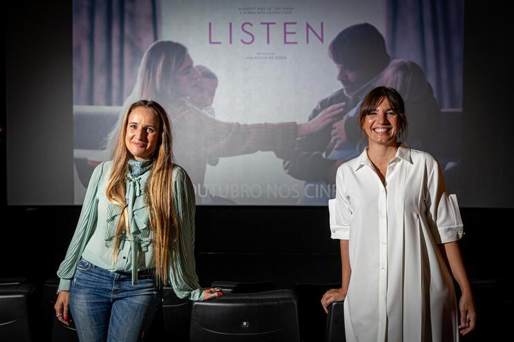"""Ana Rocha de Sousa, realizadora, e  Lúcia Moniz, protagonista de """"Listen"""""""