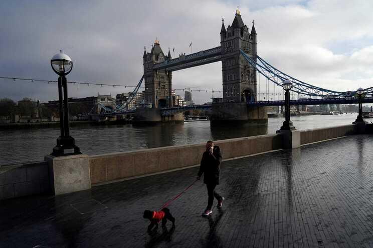 Londres deserta devido ao terceiro confinamento para conter a covid-19