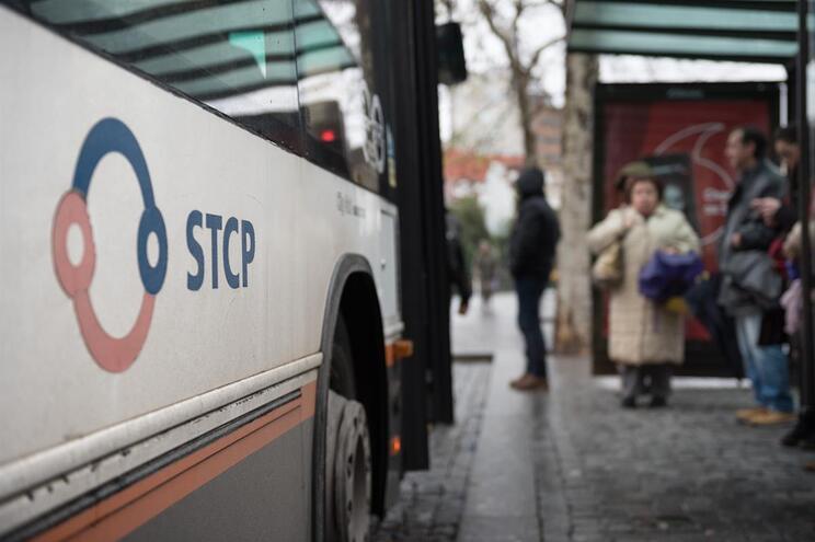 Crianças até 12 anos deixam de pagar nos transportes públicos