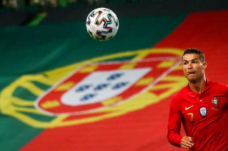 """Cristiano Ronaldo considera Portugal """"candidato"""", mas não faz promessas"""