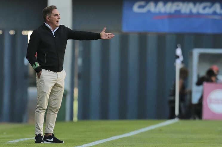Treinador é natural de Braga e orientou a equipa dos minhotos em 2006/07