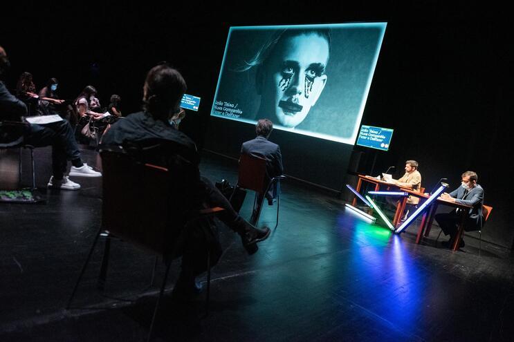 Peça-sensação do Festival de Avignon estreia no Rivoli