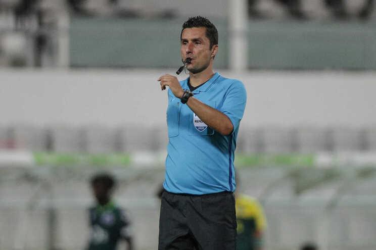 Tiago Martins foi o árbitro do jogo