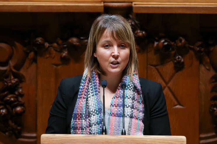 A deputada do Partido Ecologista os Verdes, Mariana da Silva