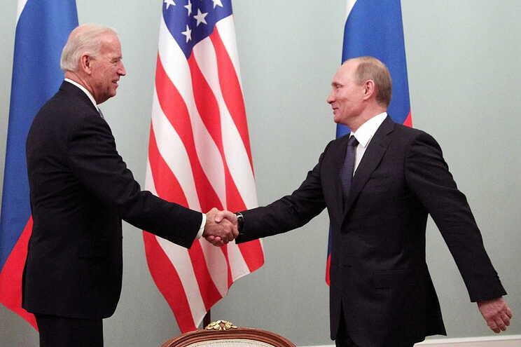 Biden e Putin em 2011