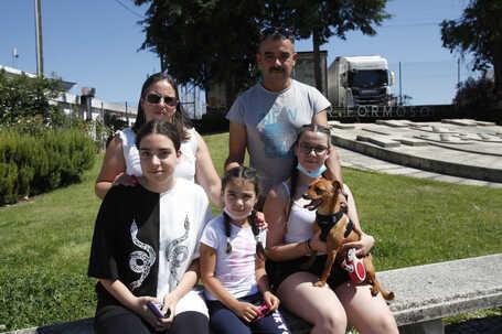 Catarina Marques, 40 anos, e Pedro Marques, 45 anos, vêm do Luxemburgo e vão para Monteperobolso em Almeida