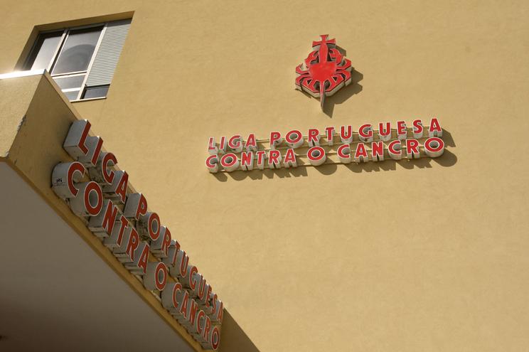 Liga Portuguesa contra o Cancro lança campanha dia 4 de fevereiro