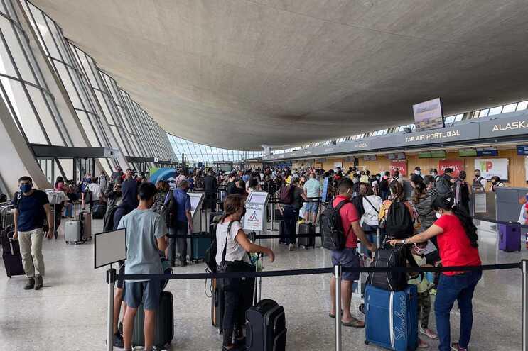 Viagens para os Estados Unidos vão retomar a partir de novembro