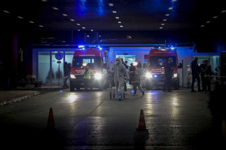Hospital Amadora-Sintra confirma a transferência de 53 doentes