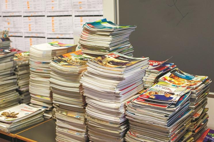 Diretores têm dúvidas sobre se serão devolvidos só os manuais deste ano ou também os do ano passado