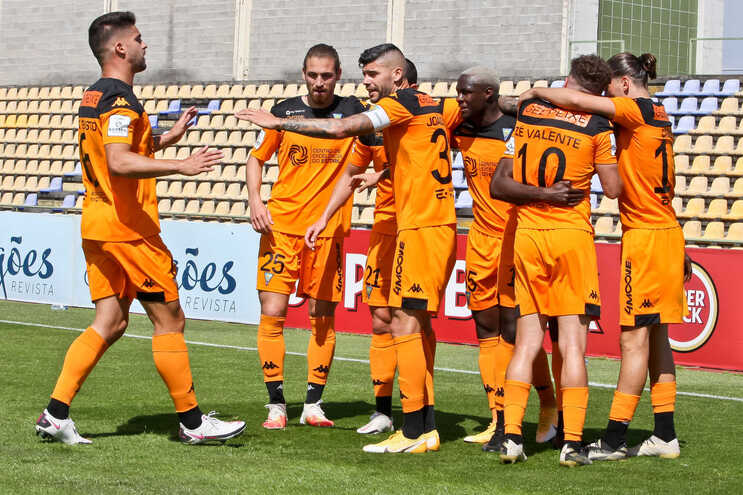 O Estoril garantiu subida à Liga