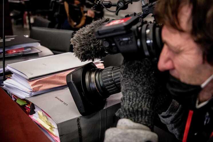 Covid-19 matou mais de 1200 jornalistas no ano passado