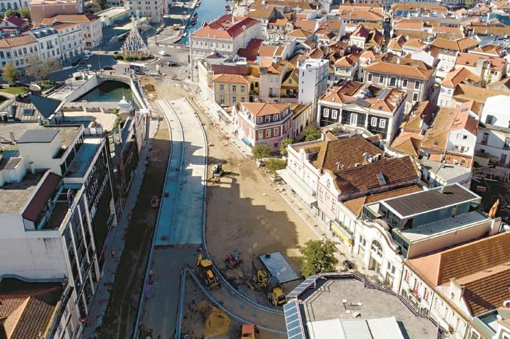 Nova avenida terá mais árvores, sem semáforos e quatro caixas de circulação