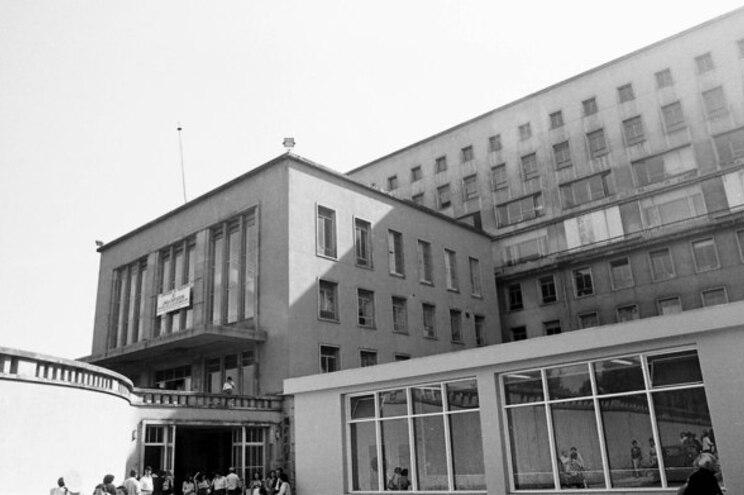 HOSPITAL DE S. JOAO  FOTO DE ADELINO MEIRELES
