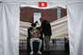 Jovens de 16 e 17 anos veem na vacina um passaporte para a liberdade