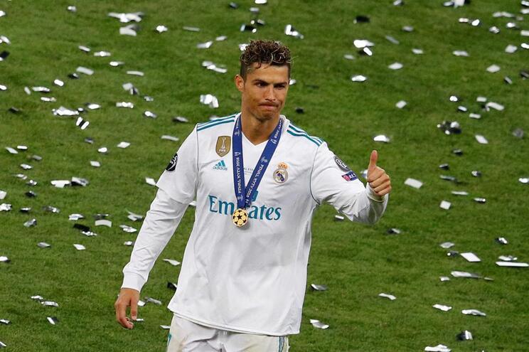 Ronaldo deixa Madrid