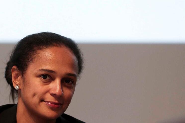 """Isabel dos Santos está """"preocupada"""" e admite problemas no pagamento de salários"""