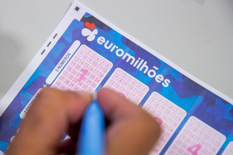 Jackpot de 43 milhões de euros no próximo concurso do Euromilhões