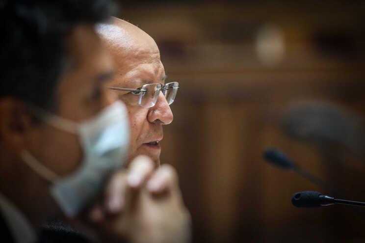 O ministro de Estado e dos Negócios Estrangeiros, Augusto Santos Silva, durante a Comissão de Negócios