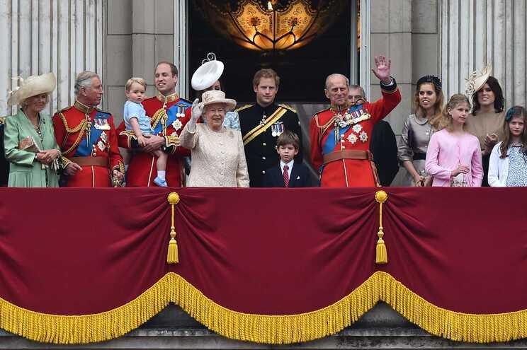 O funeral do príncipe Filipe ocorrerá no dia 17 de abril, na capela de São Jorge, no Castelo de Windsor