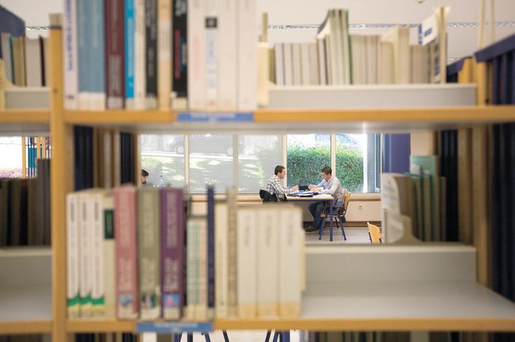 Estudantes de instituições públicas e privadas podem pedir acesso à linha de crédito