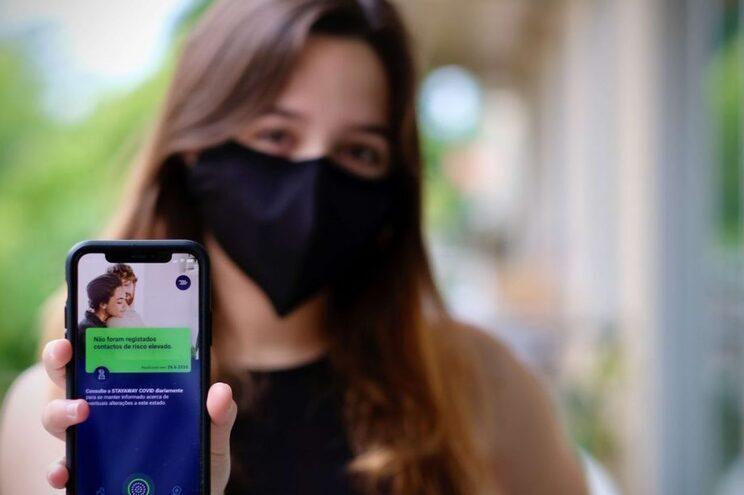 App que permite rastrear as redes de contágio do novo coronavírus é atualmente de utilização voluntária