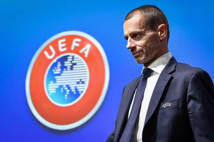 O presidente da UEFA, Aleksander Ceferi