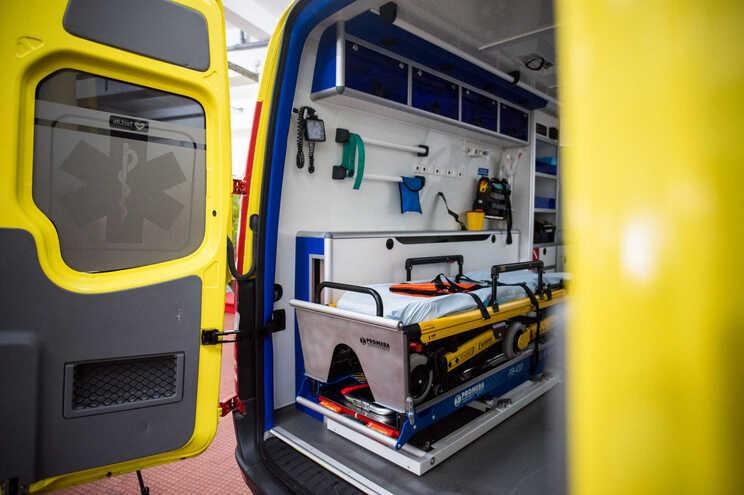 A vítima foi entubada e ventilada e transportada para o Hospital Padre Américo, em Penafiel