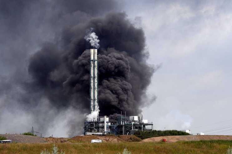O ruído da explosão foi ouvido a 40 quilómetros de distância