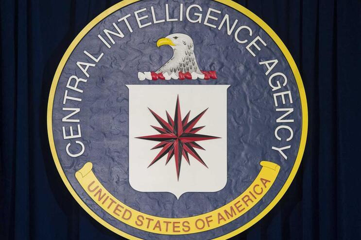 CIA recomenda aos funcionários que não usem a hidroxicloroquina