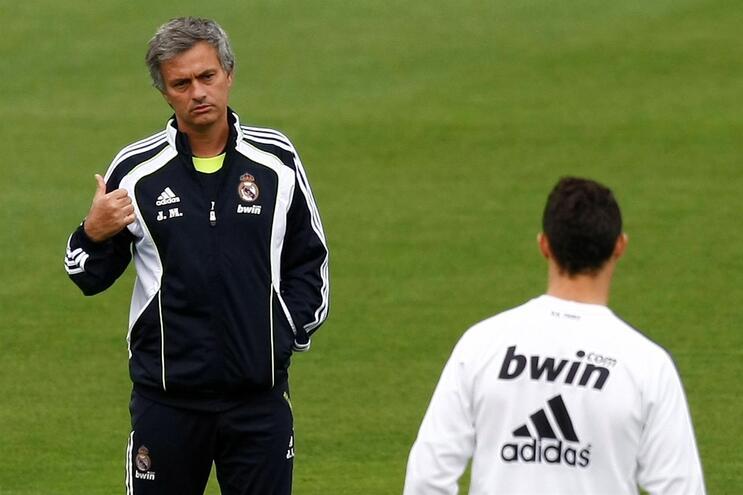 José Mourinho treinou Ronaldo no Real Madrid entre 2010 e 2013