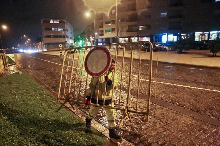 Proteção Civil corta pontes na Maia devido ao mau tempo